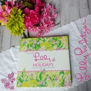 🌷Entertainment & recipe book by Lilly Pulitzer